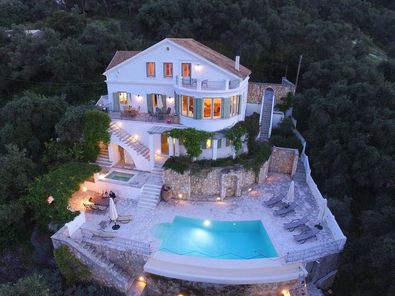 Stunning Villa With Private Infinity Pool, Jacuzzi And Sea Views, holiday rental in Kassiopi