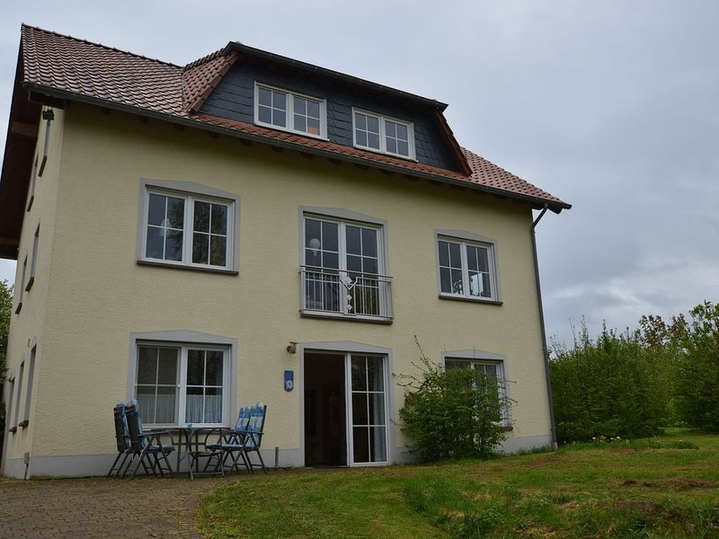 Comfy Apartment in Gransdorf with Garden, holiday rental in Bitburg