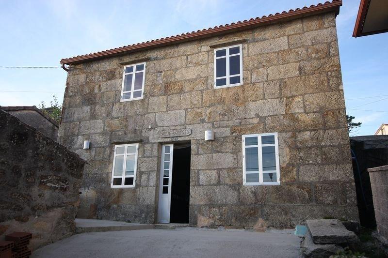 Casa - 3 Dormitorios con WiFi y Vistas al mar - 101882, holiday rental in A Virxe Do Camino