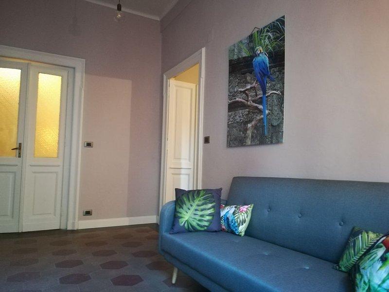 casaMOmòb   appartamento con una camera da letto soggiorno e bagno, alquiler vacacional en Caselle Torinese