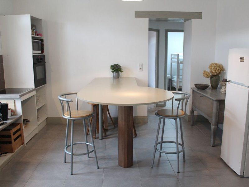 Cauroy Les Hermonville: GITE SPACIEUX TOTALEMENT RENOVE ET EQUIPE, holiday rental in Marne