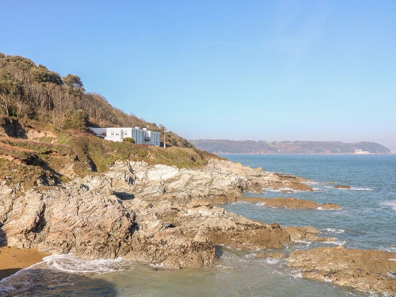 The Old Signal House, KINGSAND AND CAWSAND, holiday rental in Rame
