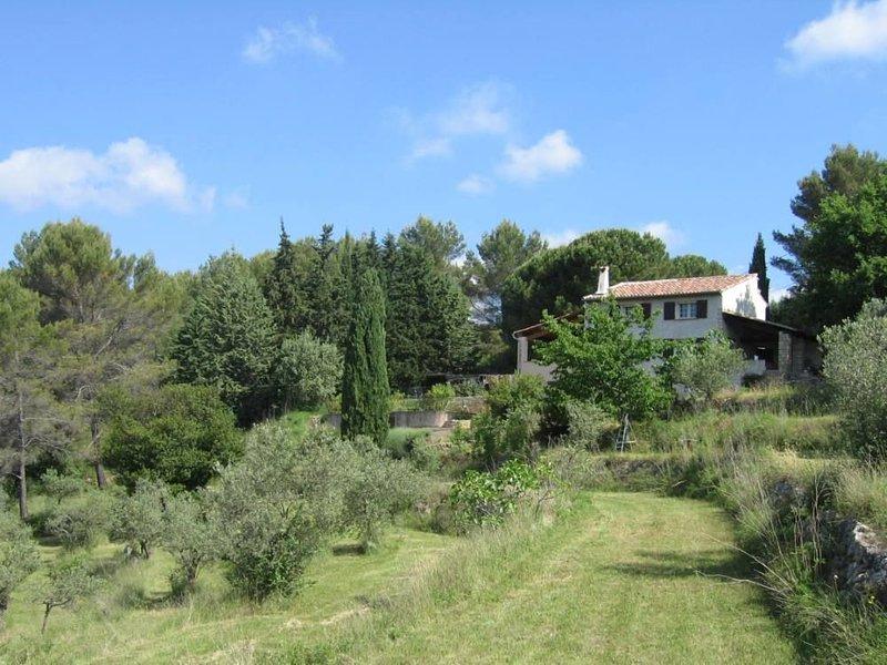 bastide provençale rénovée en pleine nature, casa vacanza a Flayosc