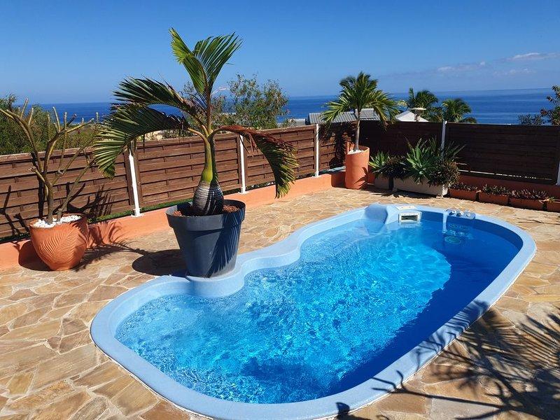 Magnifique Villa Case Tartine, vue mer, piscine, 12 personnes 4 étoiles, location de vacances à Arrondissement de Saint-Paul