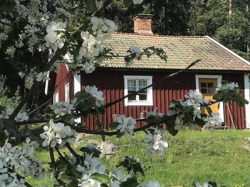 Lantligt torp i Sörmland med närhet till Stockholm – semesterbostad i Södermanlands län
