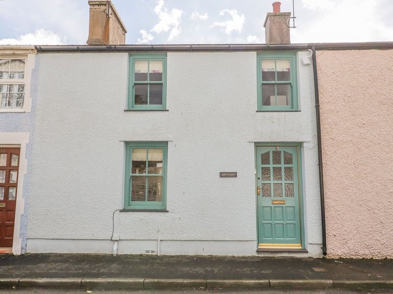 Bryn Haf, New Street, BEAUMARIS, holiday rental in Beaumaris