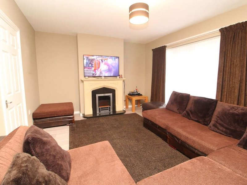 Contemporary comfort., holiday rental in Shirley