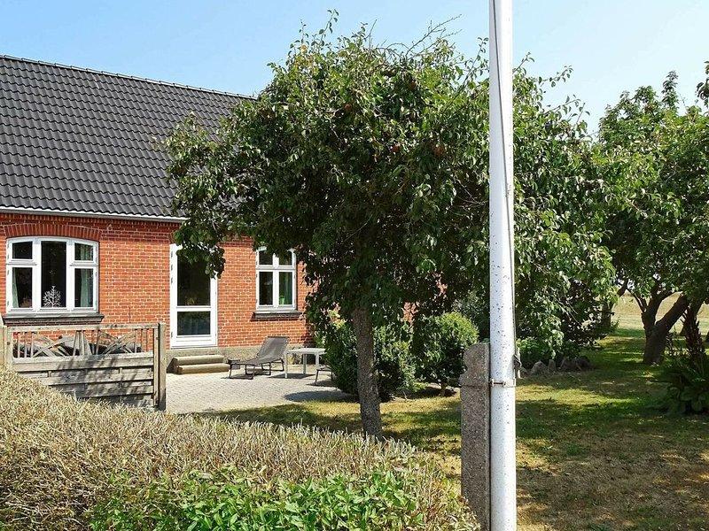 Luxurious Holiday Home in Syddanmark with Indoor Whirlpool, Ferienwohnung in Marstal