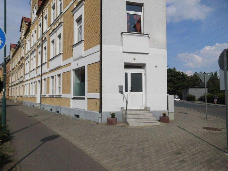 Zentrales und frisch renoviertes Studio in der Lutherstadt Wittenberg, holiday rental in Trossin