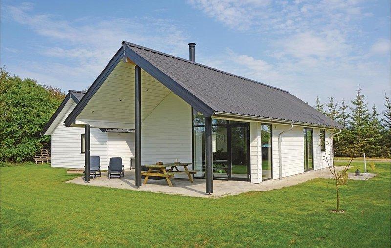 4 Zimmer Unterkunft in Tarm, aluguéis de temporada em Skjern