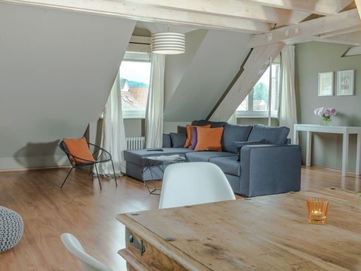 Maisonette Suite mit 70qm für maximal 6 Personen, holiday rental in Sankt Margen