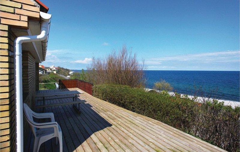 2 Zimmer Unterkunft in Sjællands Odde, holiday rental in Hoensinge