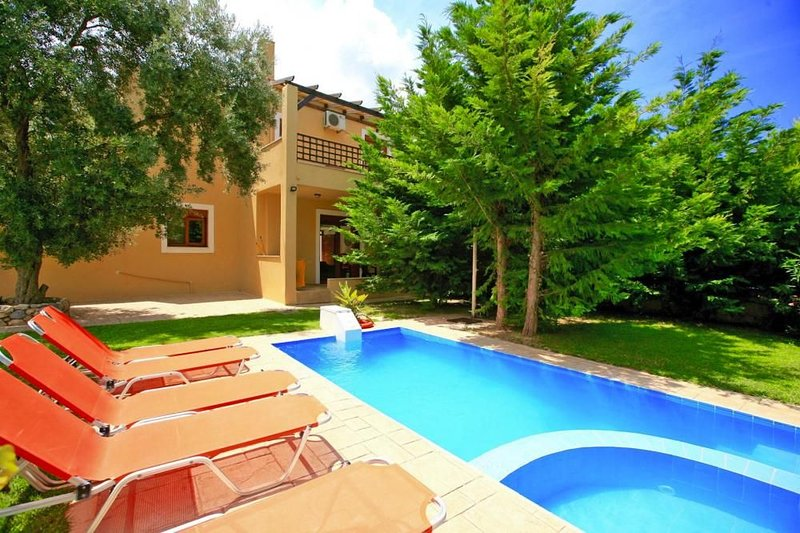PATHOS UPHORIA, holiday rental in Axos