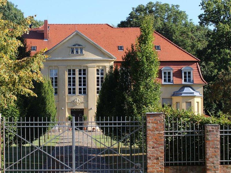 SCHLOSS GRABOW (zwischen Wittstock und Kyritz), holiday rental in Neustadt (Dosse)