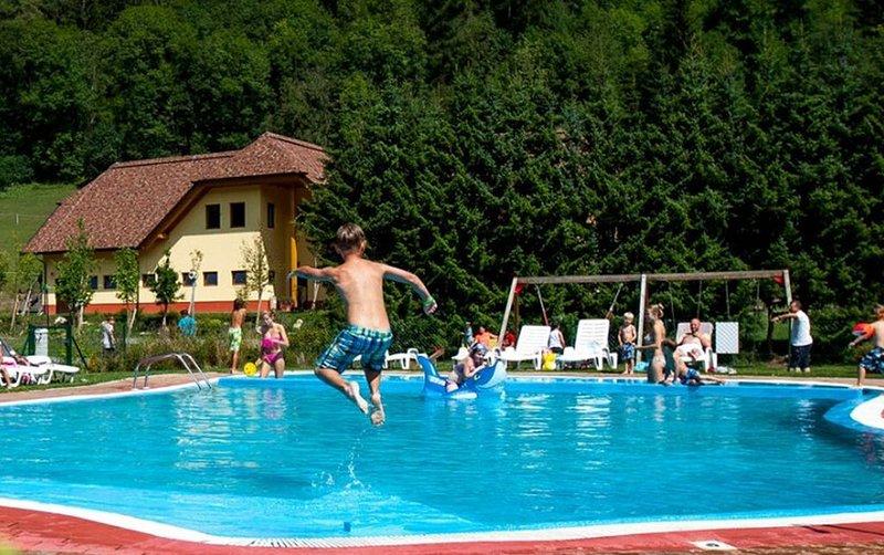 Ferienhaus - 6 Personen*, 24m² Wohnfläche, 2 Schlafzimmer, Klimaanlage, holiday rental in St. Lambrecht