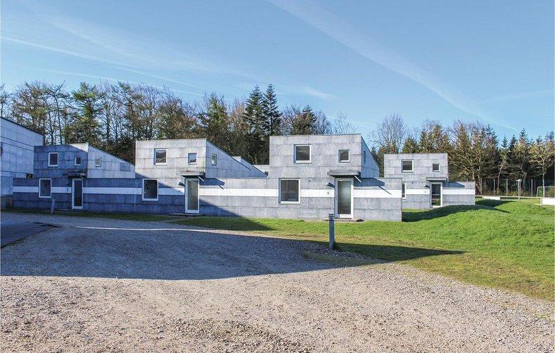 1 Zimmer Unterkunft in Løgumkloster, casa vacanza a Loegumkloster
