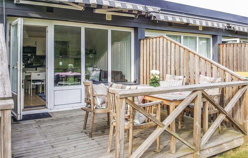 1 Zimmer Unterkunft in Strömstad, holiday rental in Fredrikstad