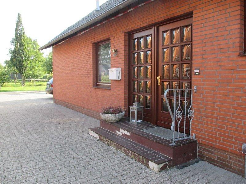 Ferienhaus für 6 Gäste mit 110m² in Prinzenmoor (95049), aluguéis de temporada em Hanerau-Hademarschen