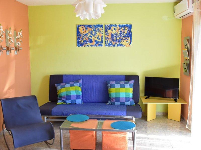 Happy color apartment Kallithea Chalkidiki, holiday rental in Kallithea