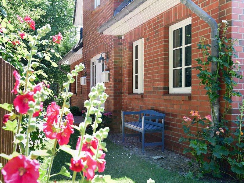 Ferienhaus für 6 Gäste mit 100m² in Wyk auf Föhr (47450), holiday rental in Pellworm
