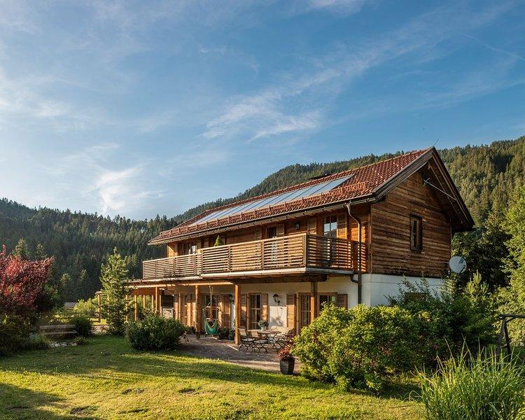 Villa Ruah - das exklusive Ferienhaus am Weissensee, holiday rental in Greifenburg