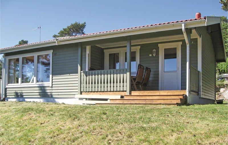 3 Zimmer Unterkunft in Rygge, vacation rental in Ostfold
