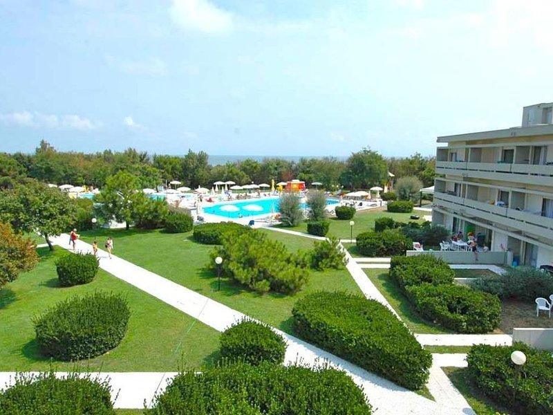 Ferienwohnung - 6 Personen*, 38m² Wohnfläche, 2 Schlafzimmer, Garten, vacation rental in Chioggia