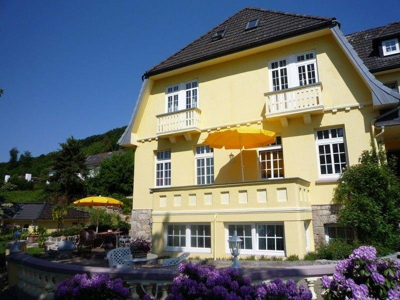 Das Haus liegt in ruhiger Lage mit schöner Aussicht, vacation rental in Elbrinxen