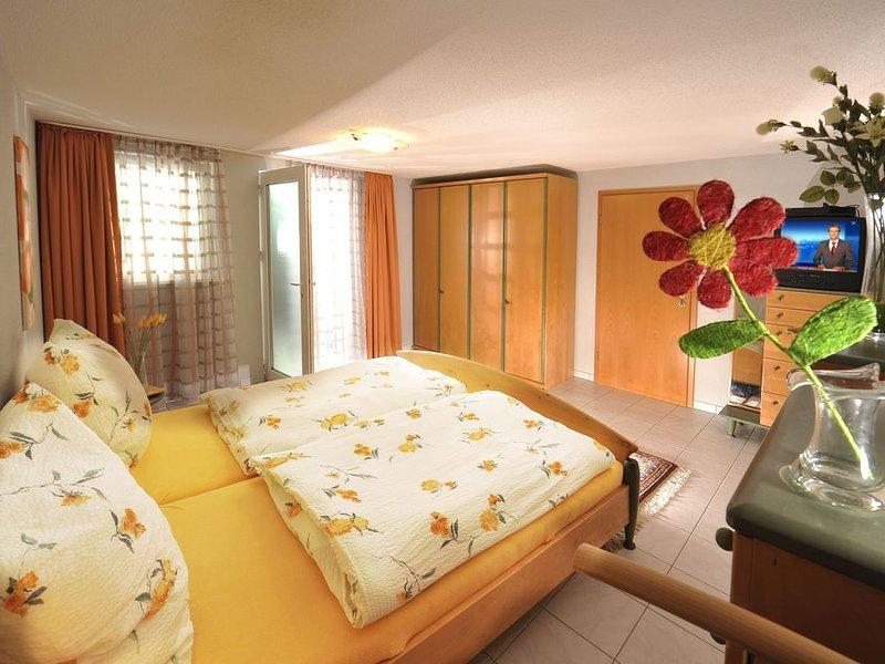 Ferienwohnung Kubin, 95qm, 2 Schlafzimmer, max. 6 Personen, alquiler vacacional en Sasbachwalden