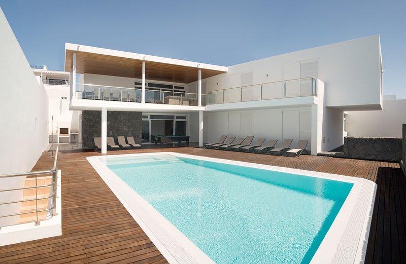 Villa Capri - perfekte Luxuriöse Oase für Familien und Gruppen bis 12 Personen, location de vacances à Puerto Calero