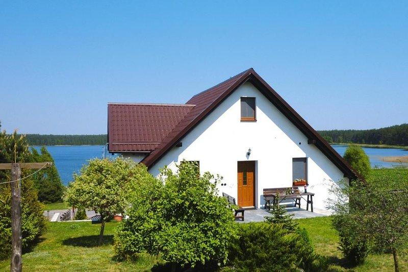 Ferienwohnung, Kiedrowice, location de vacances à Parchowo