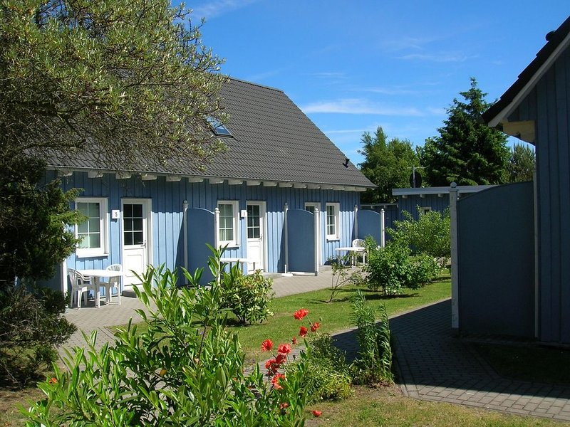 Familienfreundliche Reihenhauswohnung, WLAN, Sauna, Haustiere gestattet, location de vacances à Ostseebad Prerow