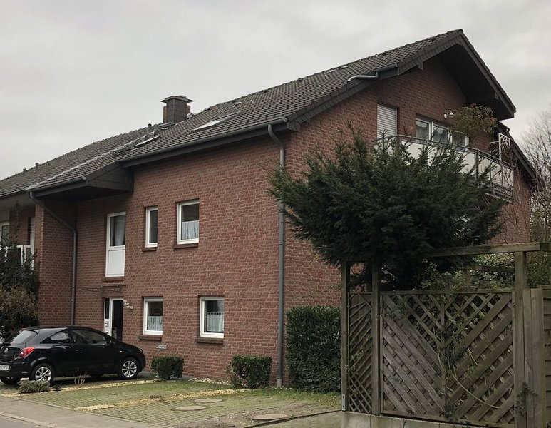 Stilvolle Wohnung zentral zur Innenstadt und Rheinpromenade mit Stellplatz, location de vacances à Bocholt