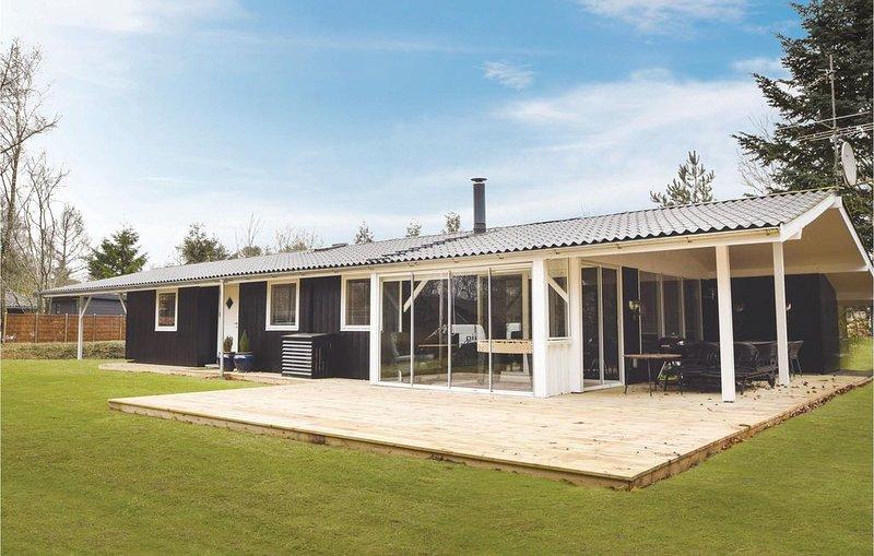 4 Zimmer Unterkunft in Fårvang, location de vacances à Bording