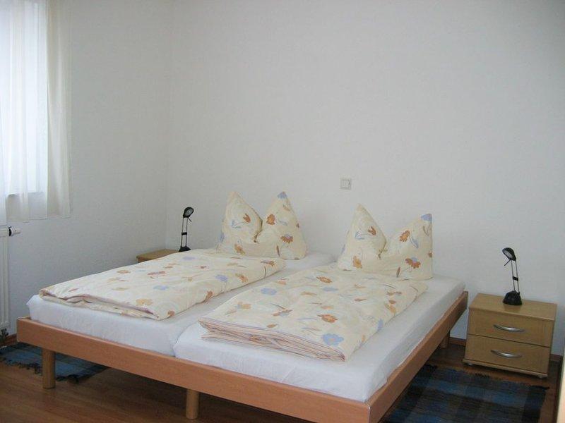 Haus im Garten Nr. 6, 2 Schlafzimmer für max. 5 Personen, vacation rental in Ulm
