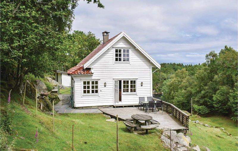 5 Zimmer Unterkunft in Storebø, Ferienwohnung in Os Municipality