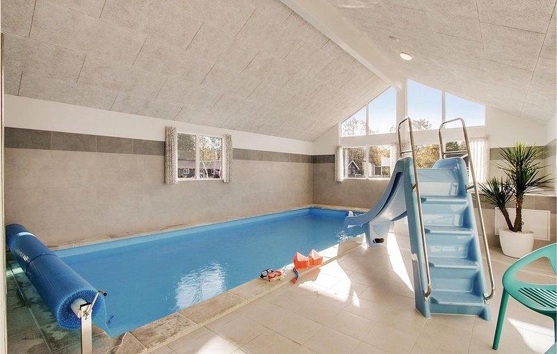 12 Zimmer Unterkunft in Frederiksværk, aluguéis de temporada em Jaegerspris