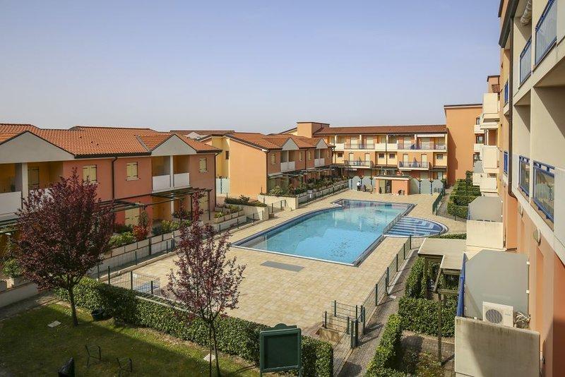 Ferienwohnung - 6 Personen*, 55m² Wohnfläche, 2 Schlafzimmer, Internet/WIFI, holiday rental in Torre di Mosto