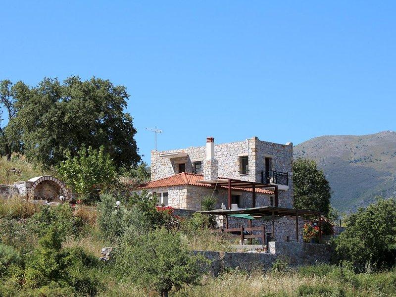 Weiter, freier Meerblick, ruhige, idyllische Lage: freistehendes Ferienhaus Kama, holiday rental in Vathia
