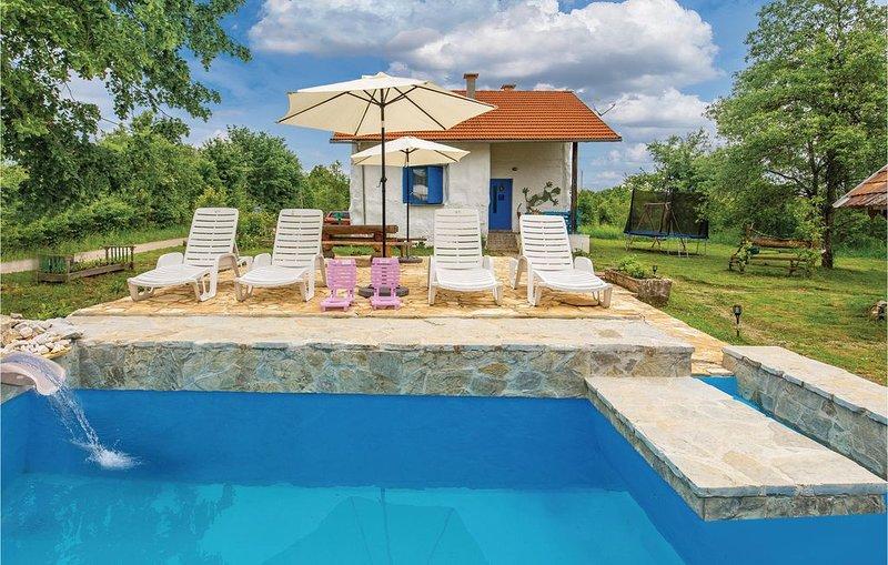 1 Zimmer Unterkunft in Rakovica, vacation rental in Rakovica