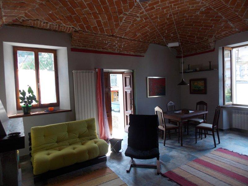 Ferienhaus La casa d'Angelina, casa vacanza a Bistagno
