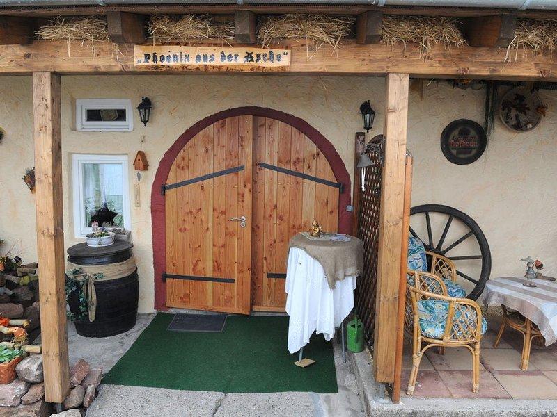 Schöne und komfortabel eingerichtete Ferienwohnung für 2 Personen, holiday rental in Rhodt unter Rietburg