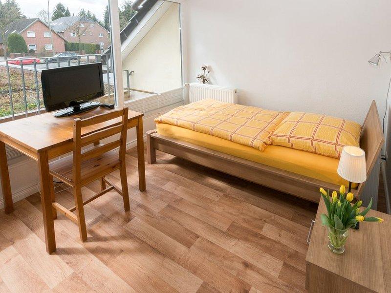 Einzelzimmer mit Gemeinschaftsbad, aluguéis de temporada em Hoisdorf