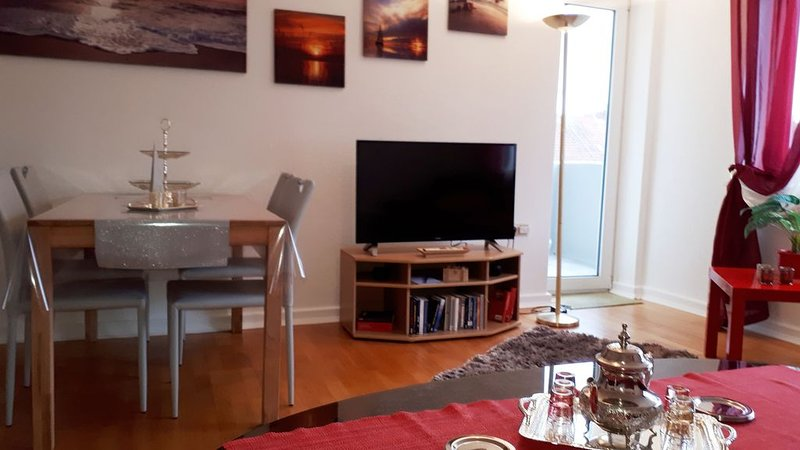 Sonniges 3-Zimmer-Apartment in City-Nähe !!!, holiday rental in Nortorf