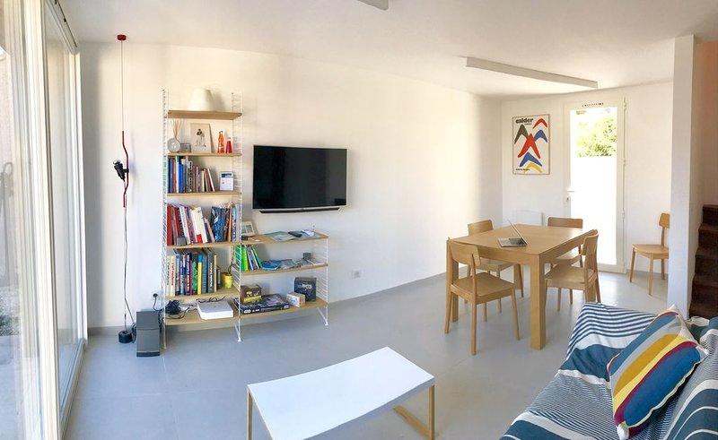 Villa contemporaine au bord de mer à Carro, location de vacances à Port-de-Bouc