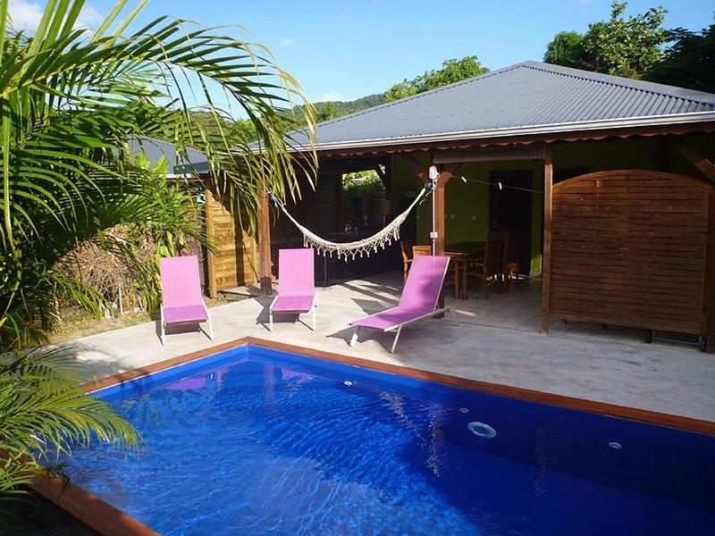 Kaz a Coco, Villa Verte avec piscine privée, 2 chambres, 2 sdb, vacation rental in Rifflet