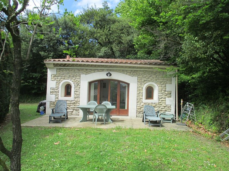 Maison au calme proche centre ville, Ferienwohnung in St-Rémy-de-Provence