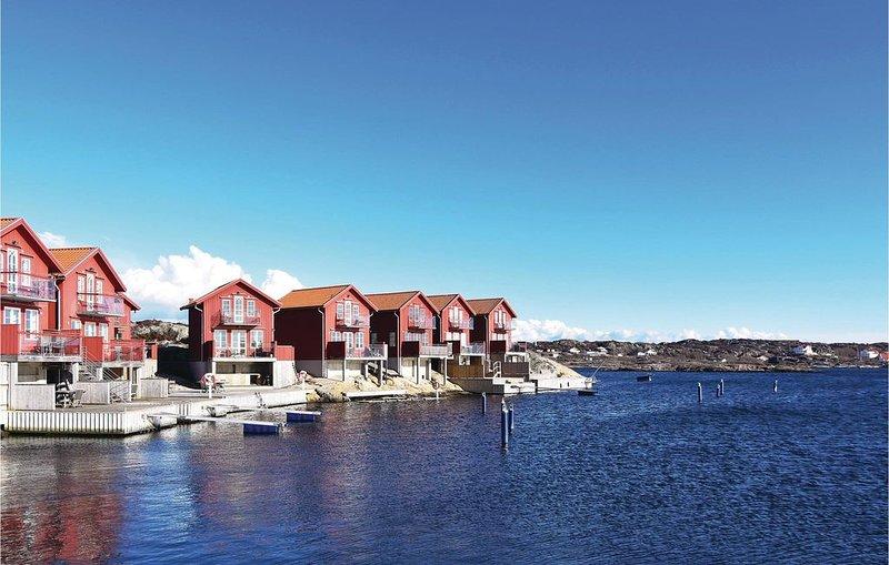 3 Zimmer Unterkunft in Hällevikstrand, location de vacances à Halleviksstrand