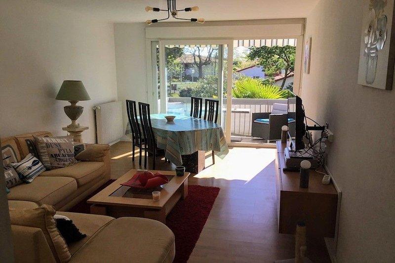 Charmant appartement proche du centre Bourg, location de vacances à Biscarrosse