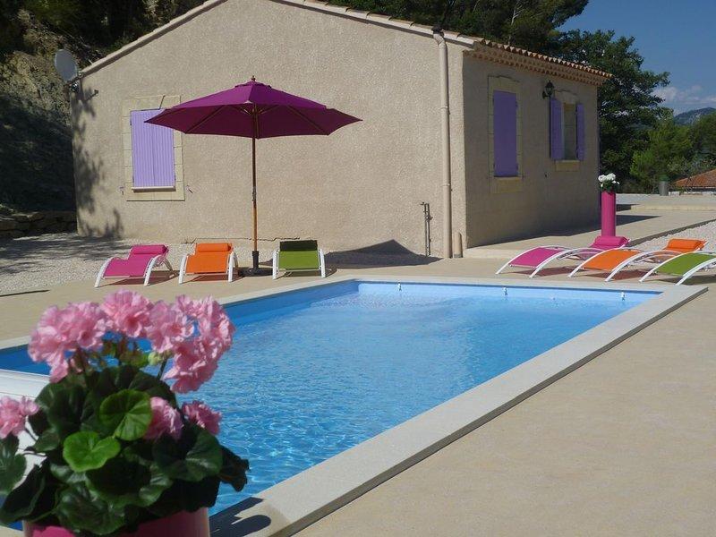 Villa 3 étoiles tout confort à 5 minutes de Vaison la Romaine, location de vacances à Entrechaux